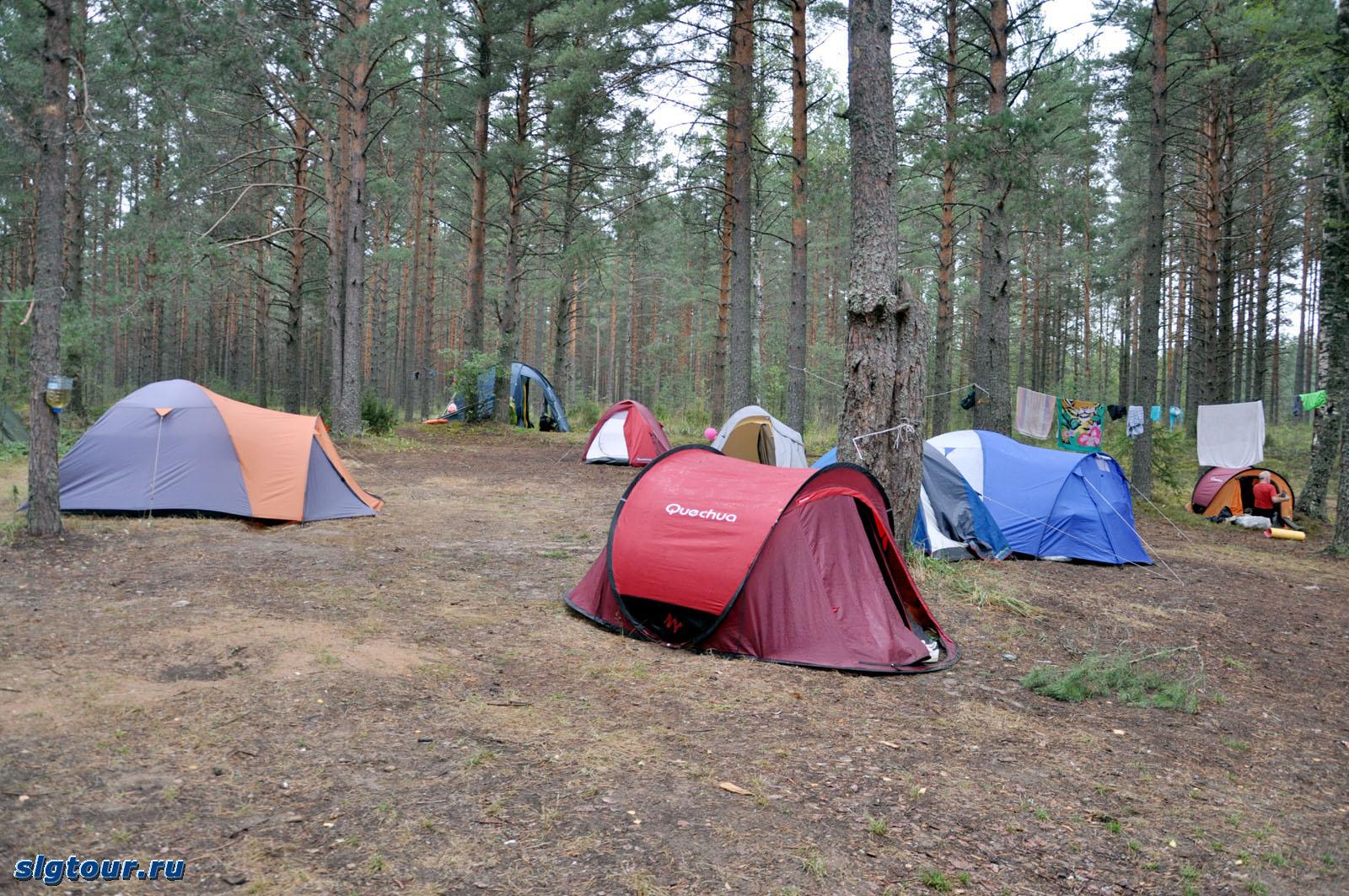 На чем лучше спать в палатке чтобы было тепло
